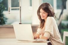 Lựa chọn laptop tối ưu cho phái nữ với các dòng máy mỏng nhẹ tinh tế