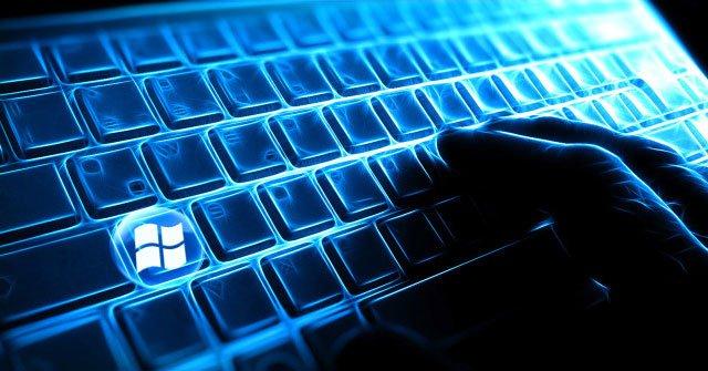 Máy tính bị treo và chuột bàn phím